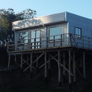 Hotel Pictures: Cabañas Auquinco Chiloe, Putemún