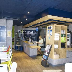Hotel Pictures: ibis budget Toulon centre, Toulon
