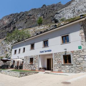 Hotel Pictures: Hotel Rural Somiedo, Valle de Lago