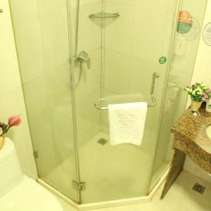 Hotel Pictures: GreenTree Alliance ZheJiang FengHua YinTai City NanShan Road Hotel, Fenghua