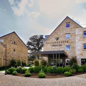 Hotelbilleder: Kaisergarten Hotel & Spa Deidesheim, Deidesheim