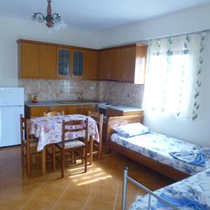 Hotellbilder: Perparim Mance Apartments, Ksamil