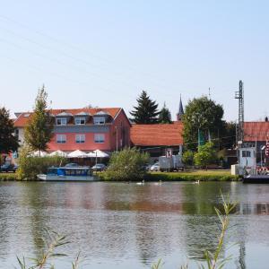Hotelbilleder: Hotel-Gasthof zum Ritter, Haßmersheim