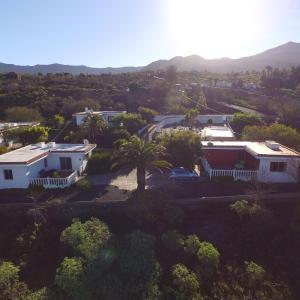 Hotel Pictures: Los Guanches Bungalows, El Paso