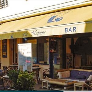 Hotel Pictures: Le Neptune, Soulac-sur-Mer