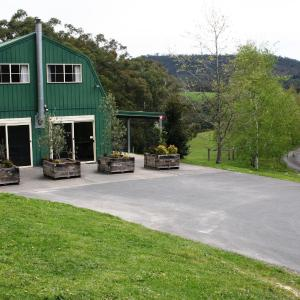 Fotos de l'hotel: The Barn @ Charlottes Hill, Healesville