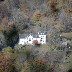 Hotel Pictures: Domaine de la Jordanne - B&B, Saint-Cirgues-de-Jordanne