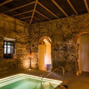 Hotel Pictures: Balneario Aguas de Villaharta, Villaharta