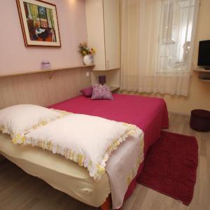 Zdjęcia hotelu: Apartments Delfin, Tučepi