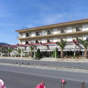 Hotel Pictures: Toros de Guisando, El Tiemblo