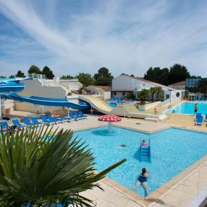 Hotel Pictures: Camping Le Bois Masson, Saint-Jean-de-Monts