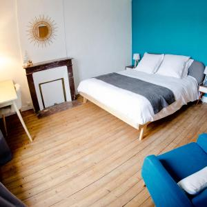Hotel Pictures: La Tour Louise, Bayeux