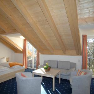Hotelbilleder: Landhaus Sixtmühle, Taufkirchen
