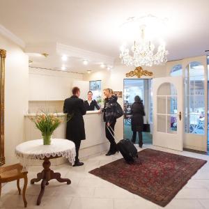 Hotel Pictures: Hotel Mozart, Rorschach