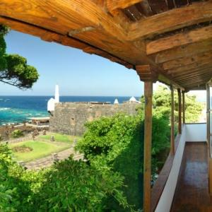 Hotel Pictures: Isla Baja Suites, Garachico