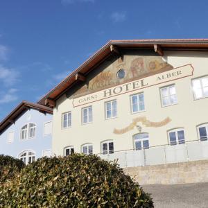 Hotel Pictures: Garni Hotel Alber, Marktl