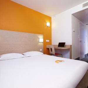 Hotel Pictures: Premiere Classe Paris Nord - Gonesse - Parc des Expositions, Gonesse
