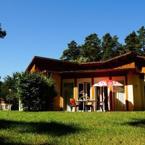 Hotel Pictures: Ferienhäuser 'Am Lübbesee', Templin