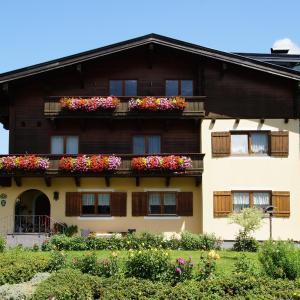 Foto Hotel: Ferienwohnungen Haus Mindermann, Lofer
