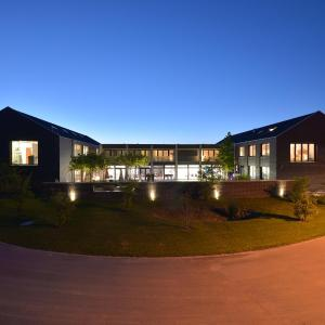 Hotel Pictures: Q.C.M. Campus, Belp