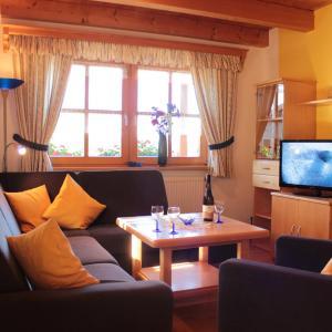 Hotel Pictures: Bauernhof Kroner, Zwiesel