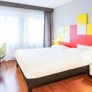 Hotel Pictures: ibis Styles Bern City, Bern