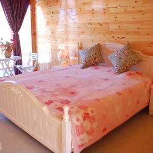 Hotel Pictures: Wind's Guesthouse of Lugu Hu, Yanyuan