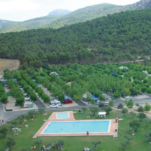 Hotel Pictures: Camping Bungalows Mariola, Bocairent