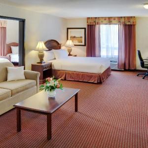 Hotel Pictures: Pomeroy Inn & Suites Fort St. John, Fort Saint John