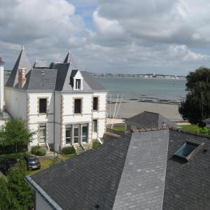 Hotel Pictures: Au Bord Du Rivage, Le Pouliguen