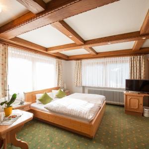 Hotellikuvia: Alpenperle, Berwang