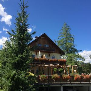 Hotellikuvia: Landhof Schober, Weissbriach