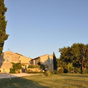 Hotel Pictures: Le Mas En Provence, Entrechaux