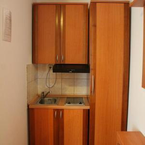 Hotel Pictures: Apartments Tonimir, Vodice