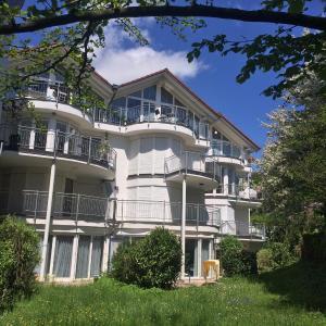 Hotel Pictures: Ferienwohnung Deluxe, Unteruhldingen