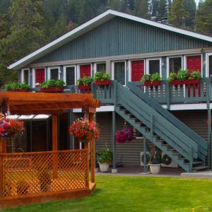 Hotel Pictures: Bear Hill Lodge, Jasper