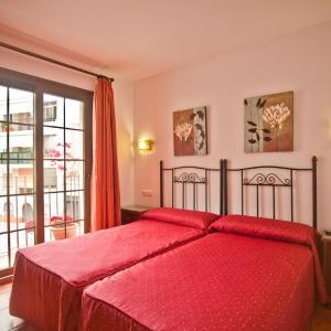 Hotel Pictures: Hostal Palomares, Salobreña