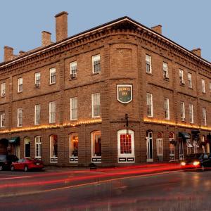 Hotel Pictures: Baldachin Inn, Merrickville