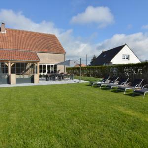 Zdjęcia hotelu: Holiday home Villa Arthur, Middelkerke