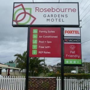 ホテル写真: Rosebourne Gardens Motel, Woolgoolga