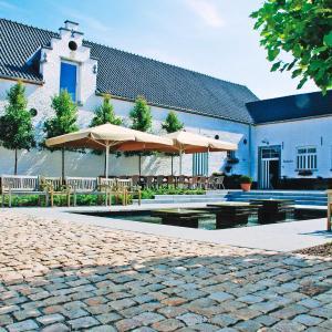 Foto Hotel: Hotel Aulnenhof, Landen