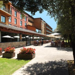 Hotel Pictures: Montanyà Hotel & Lodge, Seva