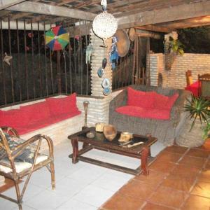 Hotel Pictures: Pousada Villa Amari, Armação do Tairu