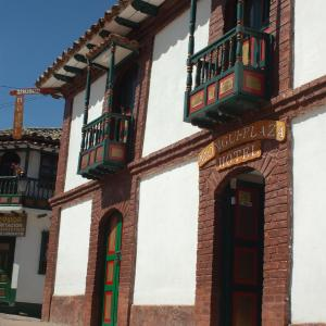 Hotel Pictures: Mongui Plaza Hotel, Monguí
