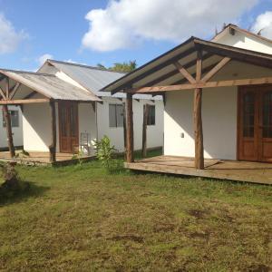 Hotel Pictures: Chez Mireya Et Davy, Hanga Roa