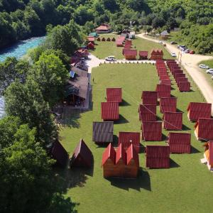Hotel Pictures: Rafting Center Drina Tara, Bastasi