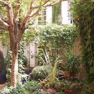 Hotel Pictures: Auberge de l'Orangerie, Piolenc