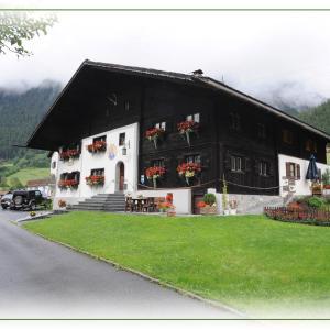 Hotel Pictures: Haus Lucas Tschofen, Gaschurn