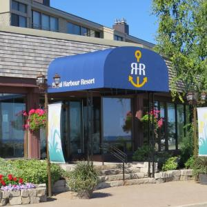 Hotel Pictures: Royal Harbour Resort, Thornbury