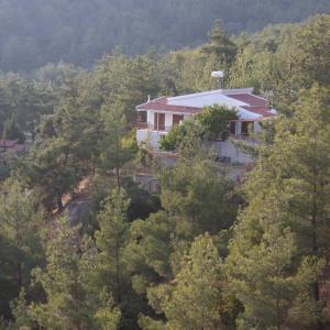 Hotel Pictures: Moniatis Country House, Moniatis